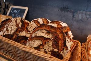 Zelfgemaakt brood bij Vroeg