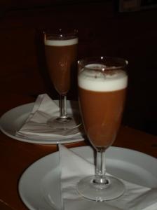 Geweldig lekkere chocolademousse met koffie en whisky (uit delicious. december 2012)